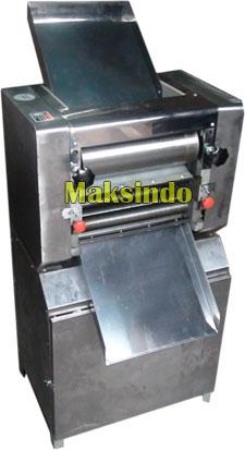 Mesin Adonan Mie Maksindo yang Praktis dan Berkualitas