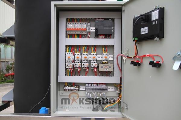 Mesin Es Tube Industri 1 Ton (ETI-01) 7 tokomesin malang