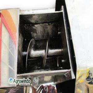 Jual Mesin Pemeras Santan Manual dan Listrik di Malang